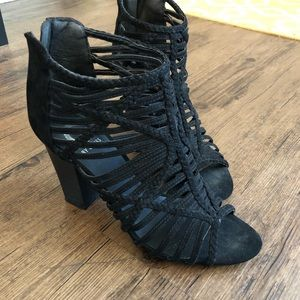 G by Guess Women's Heeled Black Sandal Booties 9.5